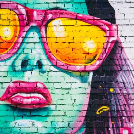 Graffiti of a woman | Pexels