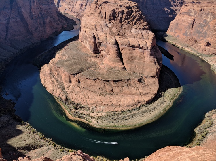 Horseshoe Bend lookout in Page, Arizona