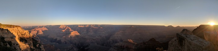 Panoramic view of sunrise from Mather's Point in Grand Canyon, Arizona